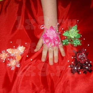 "Цветочная композиция на руку ""Роза"""